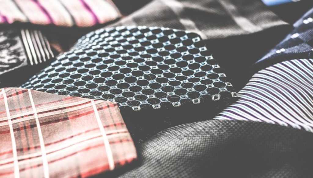 business-attire-1853857_640